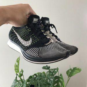 Nike Flyknit Racer Volt 2015 Black/White/Volt